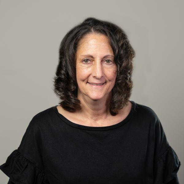 Julie DeRose, LMFT